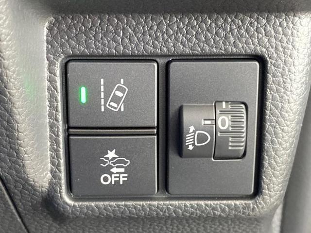 L LED/プッシュスタート/オートスライドドア//電動スライドドア/車線逸脱防止支援システム/パーキングアシスト バックガイド/ヘッドランプ LED/EBD付ABS/横滑り防止装置 登録/届出済未使用車(9枚目)