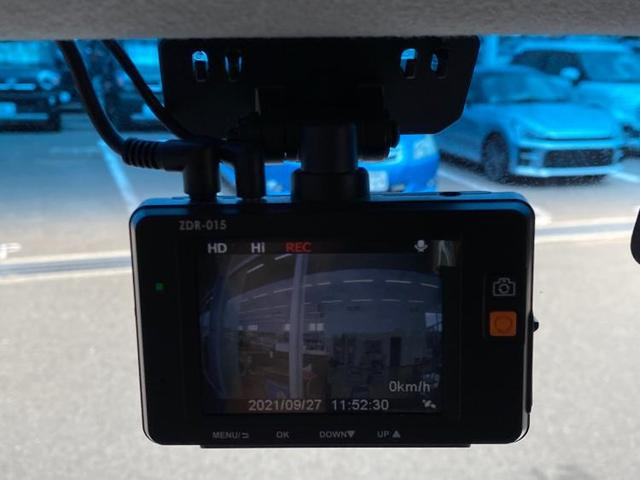 カスタムRSトップエディションSA3 社外 7インチ メモリーナビ/両側電動スライドドア/車線逸脱防止支援システム/パーキングアシスト バックガイド/ヘッドランプ HID/ETC/EBD付ABS/横滑り防止装置 ワンオーナー 盗難防止装置(16枚目)