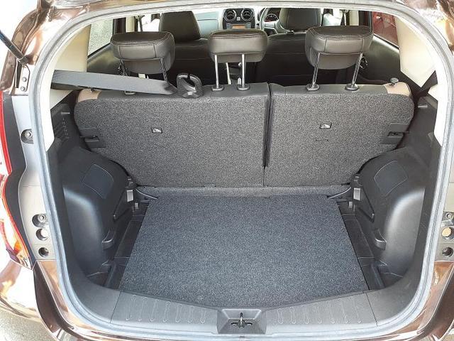 メダリストX シート ハーフレザー/車線逸脱防止支援システム/ETC/EBD付ABS/横滑り防止装置/アイドリングストップ/エアバッグ 運転席/エアバッグ 助手席/パワーウインドウ/キーレスエントリー ワンオーナー(8枚目)