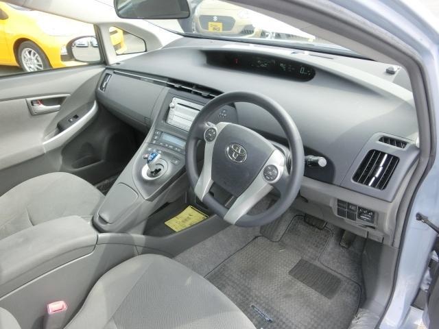 トヨタ プリウス S 純正CDオーディオ フォグライト 15AW