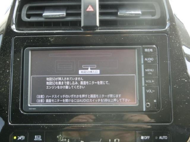 純正ナビ!CD再生。DVD再生・SD・Bluetooth対応!