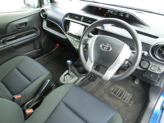 内装クリーニング済み☆清潔感あふれる車内でのドライブは爽快です!快適なドライブを♪http://goodscoot.net/check/kproduce/prius/new/