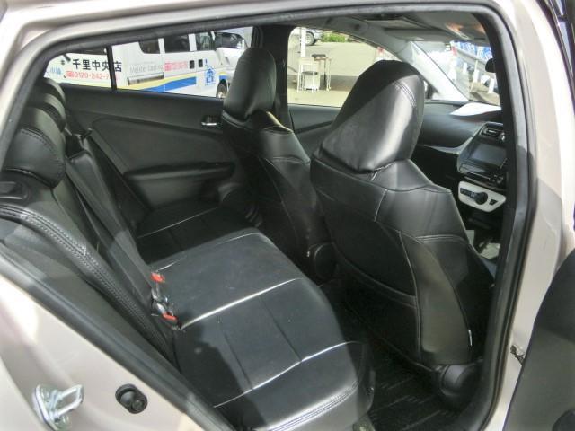 S 安全ブレーキ・クルコン・オートハイビーム・LEDヘッドライト・フォグライト・シートカバー付き・プッシュスタート・ETC・バックカメラ・純正HDDナビ・Bluetooth・フルセグTV(19枚目)
