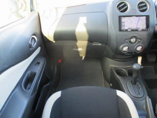 X 後期型・安全ブレーキ・コーナーセンサー・Bカメラ・ETC・カロッツェリアメモリーナビ・Bluetooth・スマートキー・プロジェクターヘッドライト・ウインカードアミラー(26枚目)