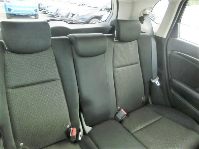 Fパッケージ 安全ブレーキ・純正メモリーナビ・Bluetooth・ワンセグ・ETC・プッシュスタート・スマートキー・オートエアコン・ハロゲンヘッドライト・ウィンカーミラー(20枚目)