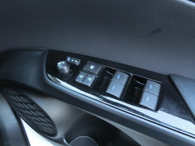 S 安全ブレーキ・クルコン・コーナーセンサー・LEDヘッドライト・オートハイビーム・プッシュスタート・ETC・Bカメラ・三菱メモリーナビ・Bluetooth(16枚目)