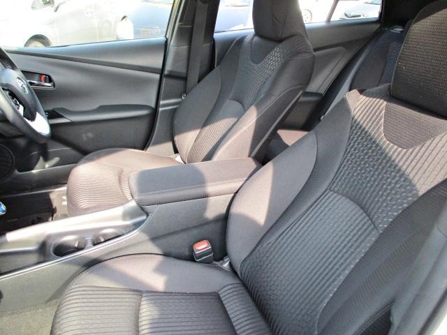 S 安全ブレーキ・クルコン・純正SDナビ・Bluetooth・AUX・LEDヘッドライト・オートハイビーム・スマートキー・オートエアコン・ウインカーミラー・15インチアルミ(23枚目)