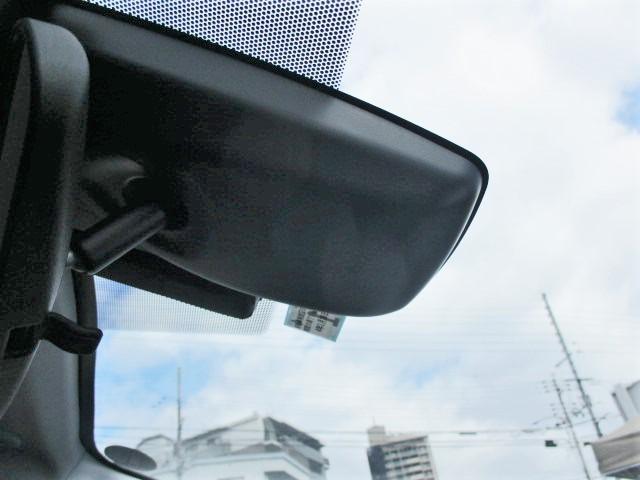 S 安全ブレーキ・クルーズコントロール・ETC・オーディオデッキ・フォグライト・LEDヘッドライト・オートハイビーム・スマートキー・オートエアコン・ウインカードアミラー(9枚目)
