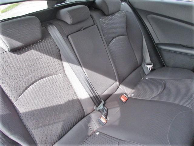 S 安全ブレーキ・クルーズコントロール・ETC・オーディオデッキ・フォグライト・LEDヘッドライト・オートハイビーム・スマートキー・オートエアコン・ウインカードアミラー(18枚目)
