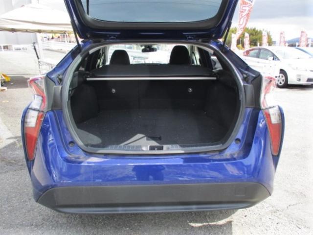 S 安全ブレーキ・クルーズコントロール・ETC・オーディオデッキ・フォグライト・LEDヘッドライト・オートハイビーム・スマートキー・オートエアコン・ウインカードアミラー(26枚目)
