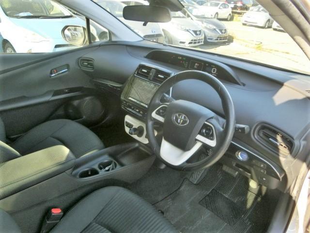 S 8型メモリーナビ・Bluetooth・フルセグTV・安全ブレーキ・クルコン・スタッドレスタイヤ・オートハイビーム・LEDヘッドライト・スマートキー・オートエアコン(14枚目)