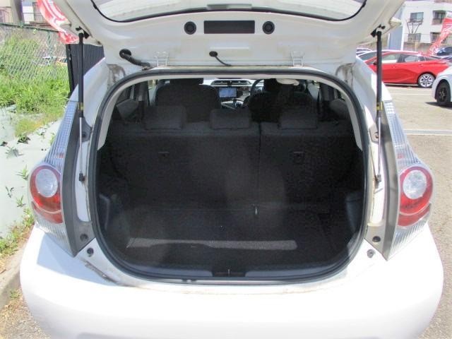 S 純正SDナビ・Bluetooth・フルセグTV・Bカメラ・シートエアコン・15インチスタッドレスタイヤ・オートエアコン・プロジェクターヘッド・電動格納式ウインカーミラー(26枚目)