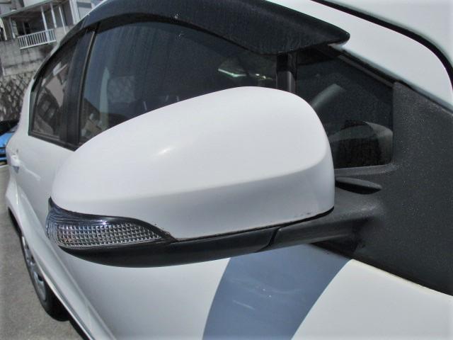 S 純正SDナビ・Bluetooth・フルセグTV・Bカメラ・シートエアコン・15インチスタッドレスタイヤ・オートエアコン・プロジェクターヘッド・電動格納式ウインカーミラー(29枚目)