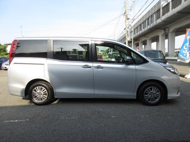 「トヨタ」「エスクァイア」「ミニバン・ワンボックス」「兵庫県」の中古車21