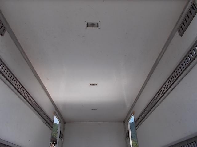 2トン ワイドロング パネルバン 両側ドア 背高205cm(11枚目)