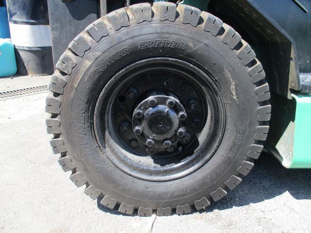 住友 最大荷重2500kg ディーゼル ハイマスト アワメーター7432.2h 最大揚高4015MM  ツメ長さ1800mm 2段マスト 前輪チューブタイヤ 後輪ノーパンクタイヤ 車両重量4060kg(16枚目)