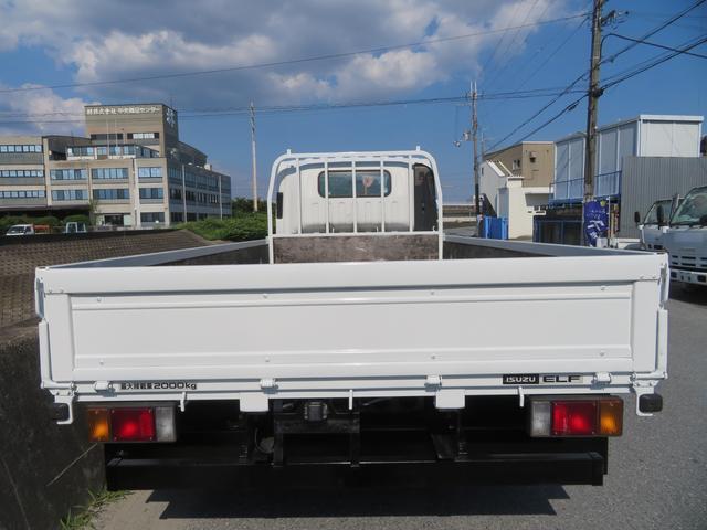 2トン ワイドロング カスタム 全低床 6AT 荷台塗装 荷寸435-207-40 内フック左右4箇所 ロープ穴左右5箇所 オートエアコン 純正CDデッキ アイドリングストップ ASR ミラーヒーター 左電格ミラー ETC(4枚目)