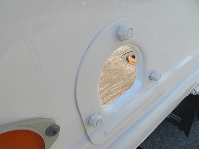 2トン ワイドロング カスタム 全低床 6AT 荷台塗装 荷寸435-207-40 内フック左右4箇所 ロープ穴左右5箇所 オートエアコン 純正CDデッキ アイドリングストップ ASR ミラーヒーター 左電格ミラー ETC(14枚目)