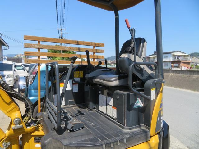 コマツ 油圧ショベル  アワーメーター1699.5h 後方超小旋回 再塗装済 外寸L3750 W1450 H2520(18枚目)