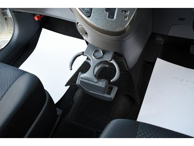 プラタナリミテッド スマートキー プッシュスタート 両側電動スライドドア 純正SDナビ バックカメラ フルセグ地デジ CD DVD再生 AUX対応 ETC オートエアコン HIDヘッドライト 純正アルミ フロアマット(57枚目)