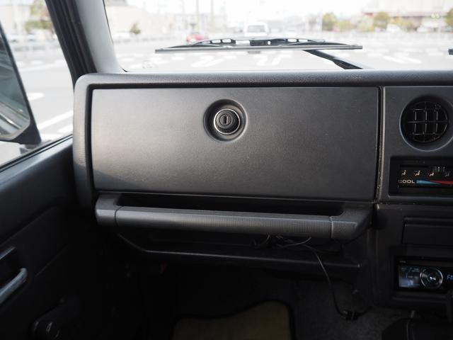 ワイルドウインド リフトアップ 新型シエラ用15AW シートカバー 社外ステアリング CDデッキ 社外バンパー グリル LEDライト LEDテール(32枚目)