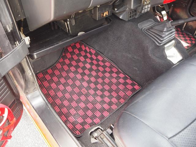 スコットリミテッド リフトアップ 16AW オーバーフェンダー メッキグリル 社外バンパー シートカバー CDデッキ 社外スピーカー 2名乗車 MT載せ替え済み(39枚目)