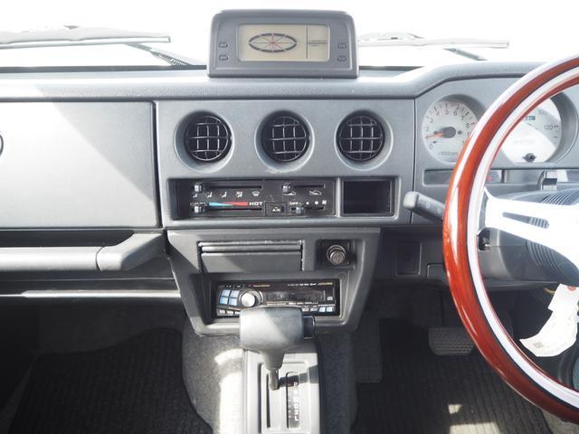 ワイルドウインド リフトアップ 16AW TOYO M/Tタイヤ 社外前後バンパー LEDテール 新品シートカバー・ウッドステアリング ハマーグリル RAYBRIGライト CDデッキ ターボタイマー(25枚目)