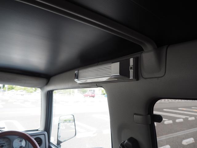 ワイルドウインド リフトアップ 16AW TOYO M/Tタイヤ 社外前後バンパー LEDテール 新品シートカバー・ウッドステアリング ハマーグリル RAYBRIGライト CDデッキ ターボタイマー(35枚目)