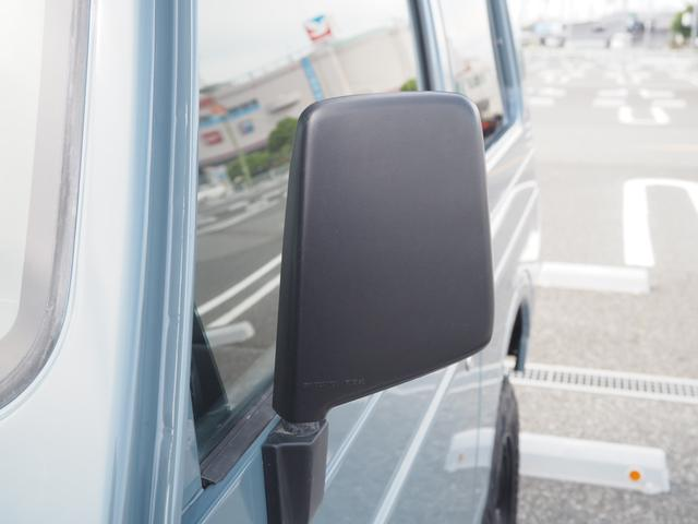 ワイルドウインド リフトアップ 16AW TOYO M/Tタイヤ 社外前後バンパー LEDテール 新品シートカバー・ウッドステアリング ハマーグリル RAYBRIGライト CDデッキ ターボタイマー(65枚目)