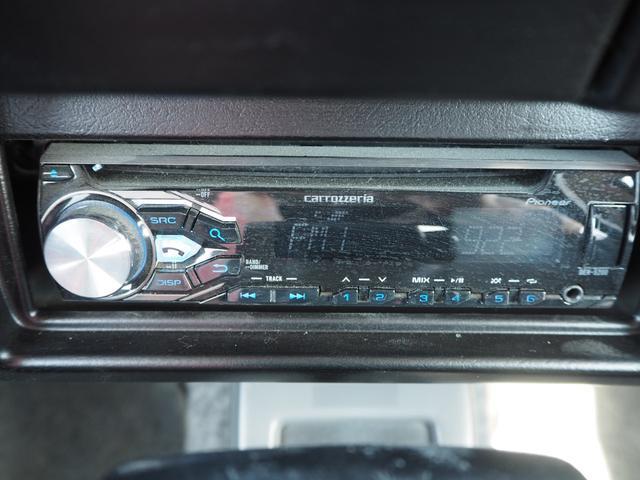ワイルドウインド リフトアップ 16AW TOYO open country 前後チューブバンパー RAYBRIGライト LEDテール ハマーグリル シートカバー CD 社外ステアリング(27枚目)