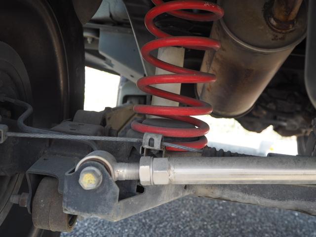 ワイルドウインド リフトアップ 16AW TOYO open country 前後チューブバンパー RAYBRIGライト LEDテール ハマーグリル シートカバー CD 社外ステアリング(75枚目)