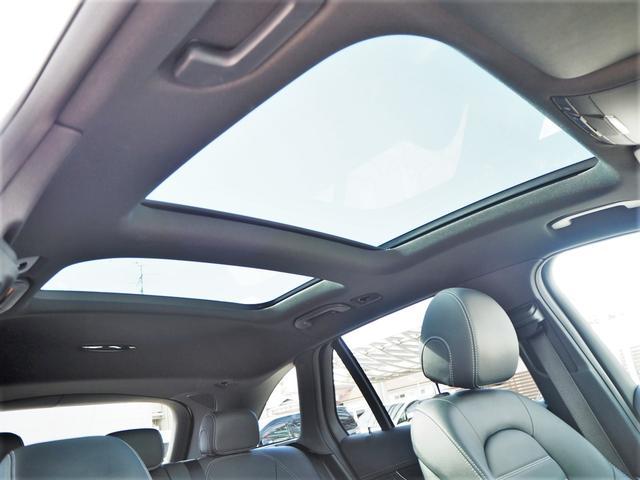 GLC43 4マチック レザーEXCパッケージ パノラミックスライディングルーフ/アラウンドビューモニター/Burmester/パークトロニック/黒革シート/キーレスゴー/AMGスポーツサスペンション/純正ドライブレコーダー/シートヒーター(2枚目)