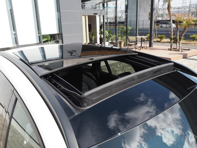 GLC43 4マチック レザーEXCパッケージ パノラミックスライディングルーフ/アラウンドビューモニター/Burmester/パークトロニック/黒革シート/キーレスゴー/AMGスポーツサスペンション/純正ドライブレコーダー/シートヒーター(29枚目)