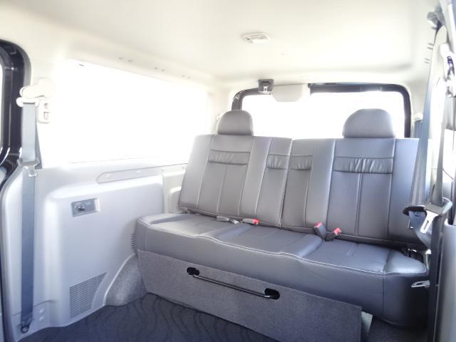 日産 NV350キャラバンバン ライダーブラックライン 3列シート5ナンバー乗用登録8人乗り