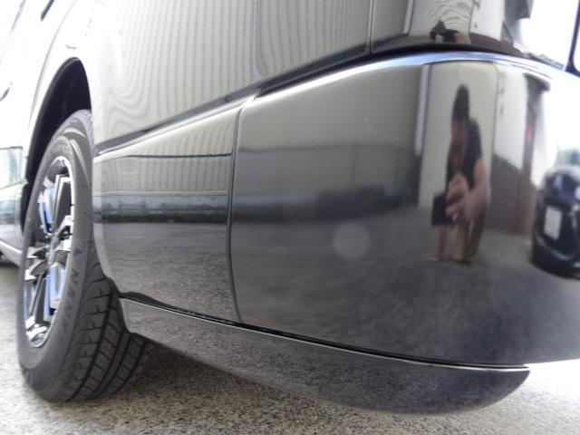 トヨタ ハイエースバン 3.0D-TS-GLダークプライム3列シートREVO2脚8人