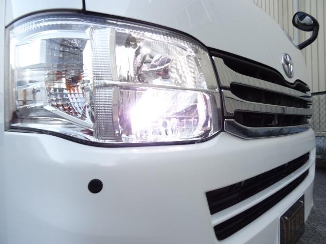 トヨタ ハイエースバン 3.0D-TS-GL5ナンバー乗用車登録3列レザーシート8人