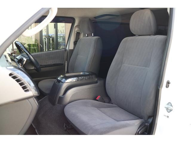 トヨタ ハイエースバン 3.0D-T4WD S-GL 3列シート5No乗用車登録8人