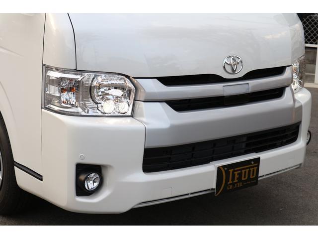 GL特装パール 正規3ナンバー乗用車登録10人エクスプレス(3枚目)
