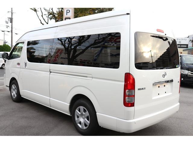GL特装パール 正規3ナンバー乗用車登録10人エクスプレス(6枚目)