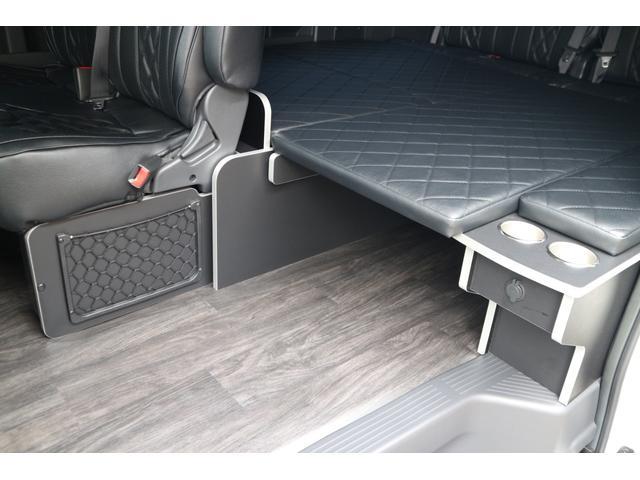 GL 3列目対面ラウンジベット家具フローリング車中泊アウトドア仕様カスタムコンプリートIIIIdentityエアロパッケージ(14枚目)
