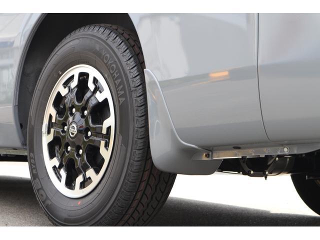 IFUU欧州車デザイン3D成形バケットシートカバー!カラーデザイン4色選べます!