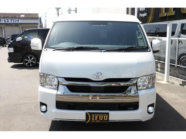 スーパーGL ダークプライムII 2.8D-T3ナンバーワゴン乗用車登録8人ベンチシート2脚スライドレールフルセグナビフリップダウンモニター両側電動スライドドアパノラマミックビューモニターLEDテールウッドインテリアミニバン仕様(5枚目)