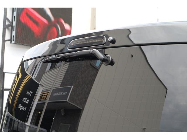 スーパーGL ダークプライムII IFUUカスタムコンプリートベットキットバケットシートカバーHDMI接続10inナビフリップダウンモニターウッドインテリアヴァレンティLEDヘッドライトLEDテールローダウン17inアルミエアロ(8枚目)