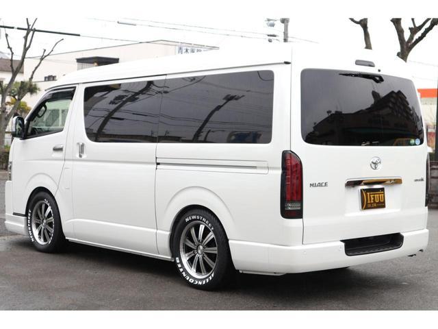スーパーGL ダークプライムII S-GLワイドIFUUカスタムコンプリートフローリングベットキットバケットシートカバーフルセグナビフリップダウンモニター助手席ツインモニターウッドインテリアLEDテール17inアルミローダウンエアロ(11枚目)