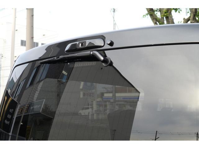 スーパーGL ダークプライムII 3列REVOシート2脚5ナンバー乗用車登録8人フローリングロングスライドレール10inナビHDMI対応フリップダウンモニターフルフラットベット対面ラウンジ展開ウッドインテリアLEDテール17inアルミ(12枚目)