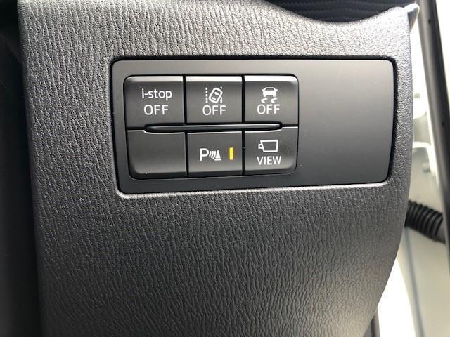 6速AT車です。マニュアルモードもございます。