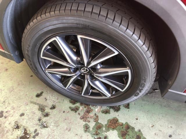 純正アルミホイール付き!!タイヤの溝もまだまだ残っております。