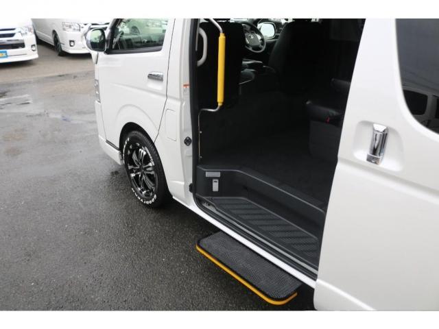GL TSS付き5型ワゴンGL・新品17インチAW新品タイヤ・オートステップ付き(12枚目)