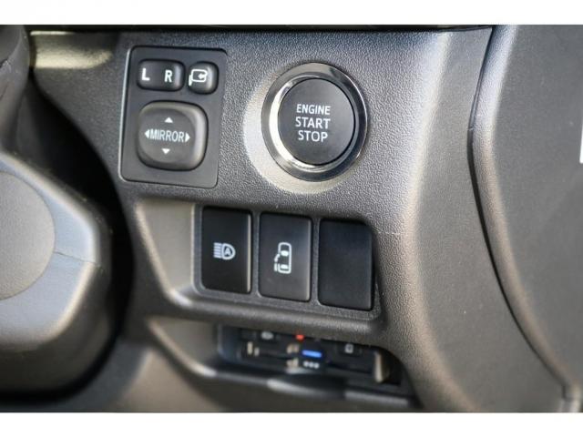 GL パーキングサポート FLEXベッドキットシートアレンジ ダブルモニター フローリング施工 Fスポイラー FLEX17インチAW ナスカータイヤ 1インチローダウン(20枚目)