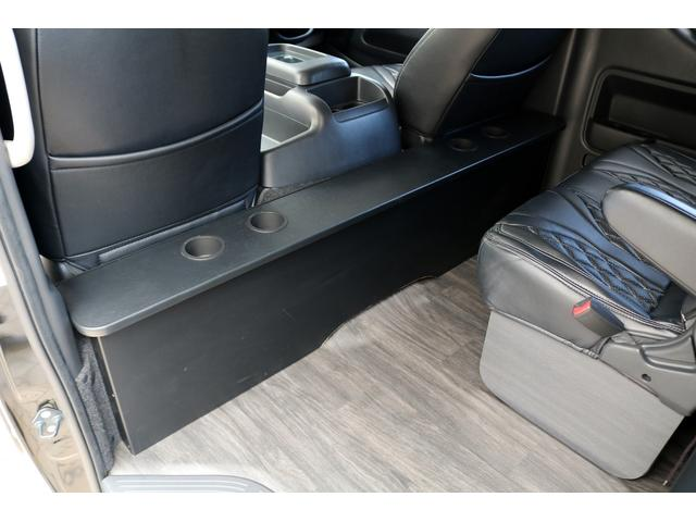 トヨタ ハイエースワゴン GL 内装架装済み LEGANCEフルバンパー